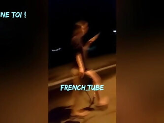 She fingers herself in front of strangers in the street !