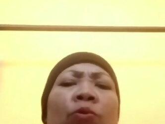 Oldies Name - Mak Haji Nuripah suka Call Mendadak & Suruh Lepas Celana