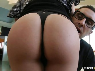 Inari Vachs is one horny milf with big juicy ass. Keiran felt real lucky when he got the chance to lay his hands on those firm ass buns! And Inari fel