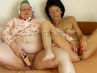 They masturbate like fucking whores. On the piano music you can hear these old sluts moaning. That brunette slides her dildo in the cunt quickly and t