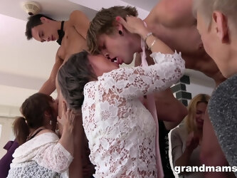 Wild group sex party a home with lot of cock hungry females
