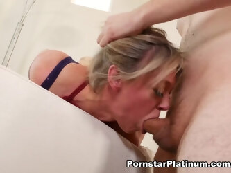 Dee Williams in PTA & Monster Cock Investigation