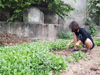 Single Mom daily life picking vegetables for breakfast