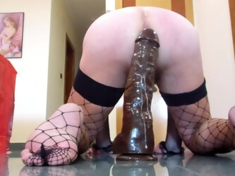 Big ass fucked by huge dildos