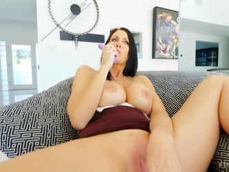 Video of horny wife Reagan playing with her pink taco and moaning