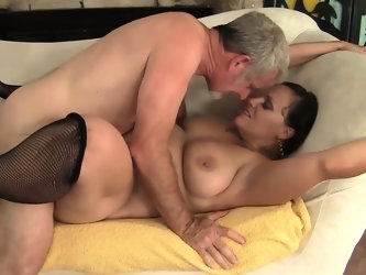 Sexy and horny milf gets her ass and pussy licked so good