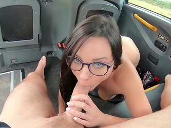 Aroused girl takes down undies for the taxi driver to fuck her