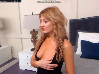 Dimitrena from Plovdiv Bulgaria Masturbates and Open Her Cun