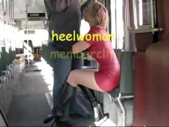 Hawt mature wife in latex and high heels boots sucks 10-Pounder in tram.