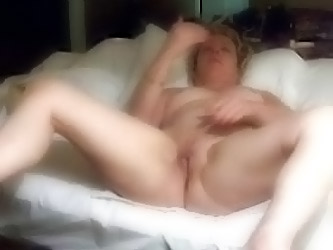 Mature Amateurs, Masturbating Fu...