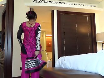 Fucking an Indian Aunty #2