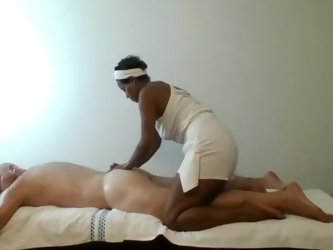 Ebony Masseuse gives professional sensual massage with happy ending