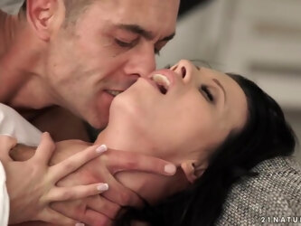 Vicky Love - Fishnet Tootsie Love