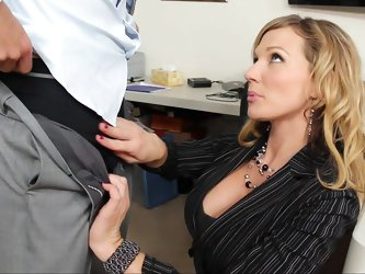 As the sole HR rep in her company, Nikki Sexx hears complaints all day long, but the newest one from Johnny takes the cake. He's miffed because e