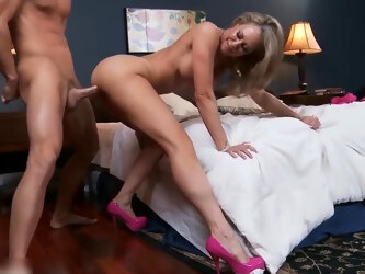 Blonde mom DREAMS ABOUT BIG DICK - SHOW 81
