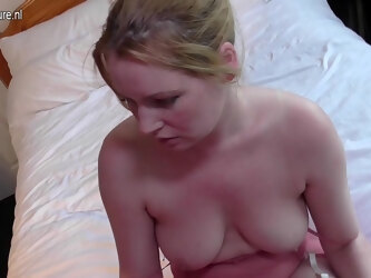 Horny Old And Young Lesbian Couple From The Uk Get Wet - MatureNL