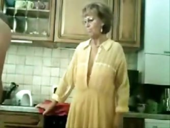 This amateur old couple sexually explore all rooms in the house. In this private clip they decide to stay in the kitchen while he mixes her pussy with