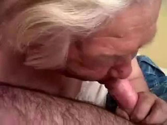Very old granny sucking my cock