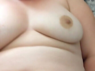 British Chubby wife plays with her big pink vibrator