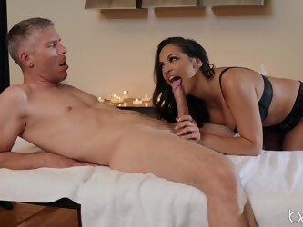 Thick woman with insane jugs, crazy sex on the massage table