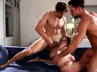 MMF threesome with large ass mature wife Kendra Lust. HD video