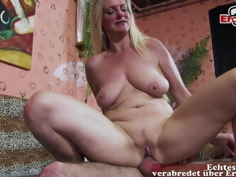 German milf hunter seduces a lonely housewife