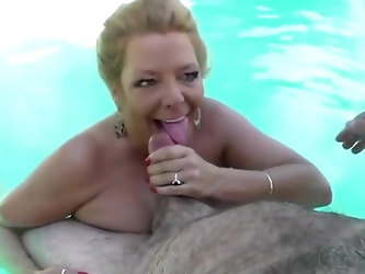 Karen sucks and Fuck me by the pool