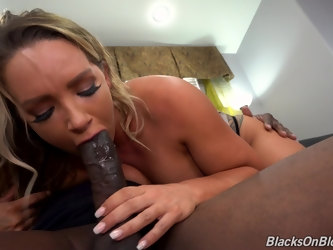 Interracial shag between a massive black dick and Cali Carter