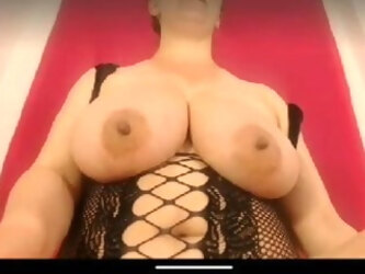 Beauty milf big tits pussy and ass