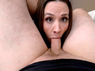 Fun and satiating POV sucking and screwing with MILF Chanel Preston
