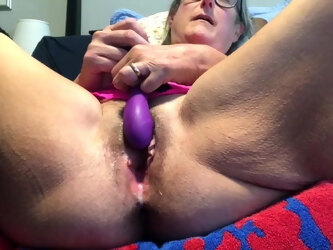 Milf Mom Spreads Pussy Wide Masturbates Female Ejaculation