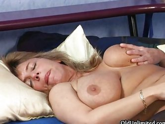 Busty mature housewife going crazy