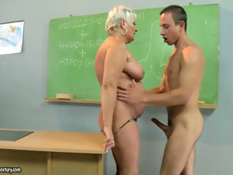 Filthy ass licking short haired blonde granny Cecily in high heels only seduces her handsome student and gets her wet twat licked and fucked hard to l