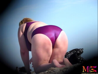 So Sexy BBW in bikini (Voyeur samples)
