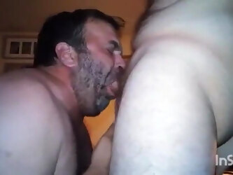 older mature daddy bear love to suck and blowjob