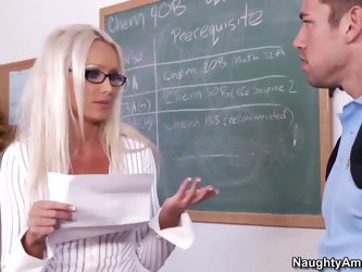 Johnny meets with Diana, the dean of his school, to see if she can help him get into a class, but before that, she helps him get inside her wet pussy.
