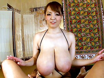 Hitomi use her jugs for good.