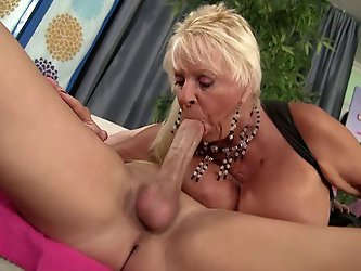 Mandi McGraw Is The GILF Of Christianxxx Dreams