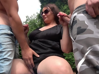 Glamour model Iveta pleasures two dicks in outdoors and moans
