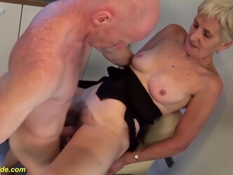 Extreme big cum load shot in grandmas eye