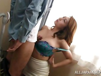 If you're strongly addicted to Japanese women, especially those versed mature ones, don't hesitate to watch! A brunette Asian and her partne