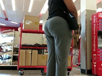 Mature ebony juicy VPL Booty inline.