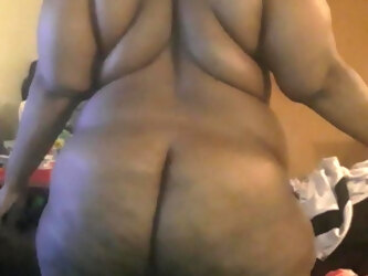 WHO WANTS SOME of AUNTIE'S TIGHT CHOCOLATE PINK ASSHOLE