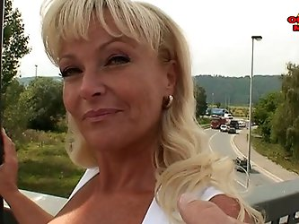 Naughty mature Debora (43) DP'd outdoors