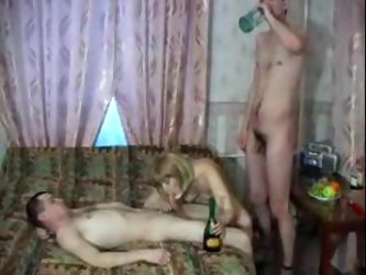 Drunken mom wants the young men inside her