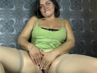 Allisson is a big titted mature who likes to have hardcore sex in a doggy- style position