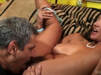 Eating Persia Monir's hairy MILF cunt rules