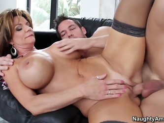 Big breasted mature mom Deauxma is his best friend's mom. She's a gorgeous middle aged woman. Johnny Castle finds her sexy and sticks his ha
