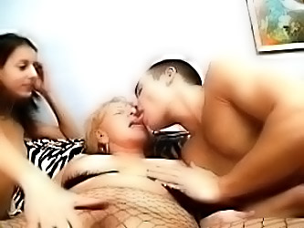 Granny In A Threesome And Gets C...