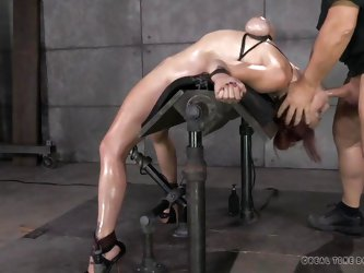 Bella is a pro and even she is at her limits this time. The bondage whore is almost at her breaking point as her executor stretched her limits, and he